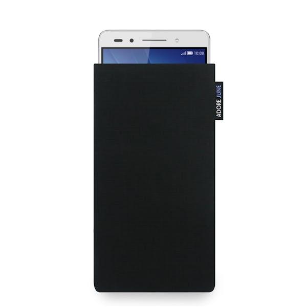 Das Bild zeigt die Vorderseite von Classic Tasche für Honor 7 in Farbe Schwarz; Zur Veranschaulichung wird ebenfalls dargestellt, wie das kompatible Gerät in dieser Tasche aussieht
