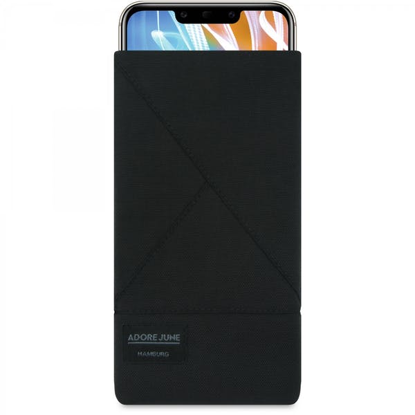 Das Bild zeigt die Vorderseite von Triangle Tasche für Huawei Mate 20 LITE in Farbe Schwarz; Zur Veranschaulichung wird ebenfalls dargestellt, wie das kompatible Gerät in dieser Tasche aussieht