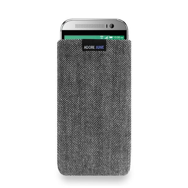 Das Bild zeigt die Vorderseite von Business Tasche für HTC One M9 in Farbe Grau / Schwarz; Zur Veranschaulichung wird ebenfalls dargestellt, wie das kompatible Gerät in dieser Tasche aussieht