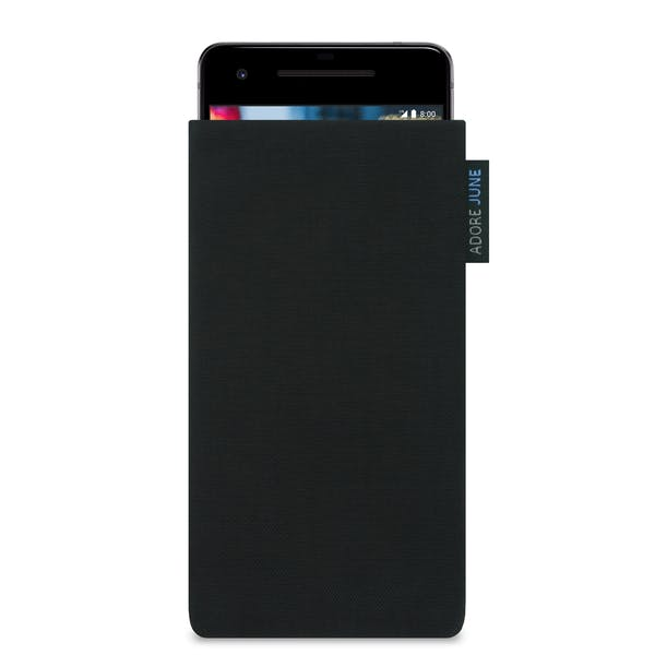 Das Bild zeigt die Vorderseite von Classic Tasche für Google Pixel 2 in Farbe Schwarz; Zur Veranschaulichung wird ebenfalls dargestellt, wie das kompatible Gerät in dieser Tasche aussieht