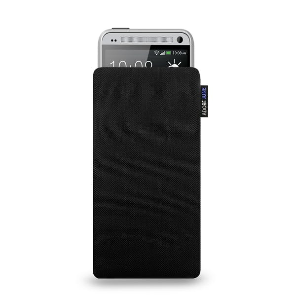 The picture shows the front of Classic Sleeve for HTC One mini m4 in color Black; As an illustration, it also shows what the compatible device looks like in this bag