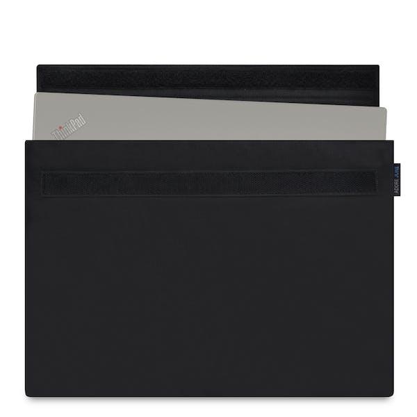 Das Bild zeigt die Vorderseite von Classic Hülle für Lenovo Yoga 370 in Farbe Schwarz; Zur Veranschaulichung wird ebenfalls dargestellt, wie das kompatible Gerät in dieser Tasche aussieht