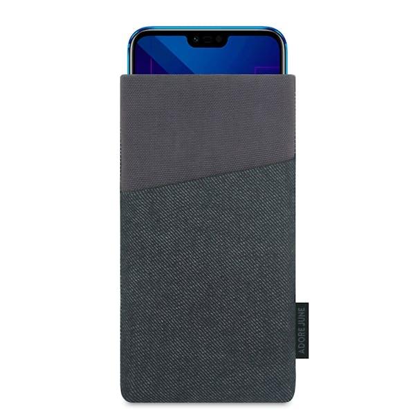 Das Bild zeigt die Vorderseite von Clive Tasche für Honor 10 in Farbe Schwarz / Grau; Zur Veranschaulichung wird ebenfalls dargestellt, wie das kompatible Gerät in dieser Tasche aussieht