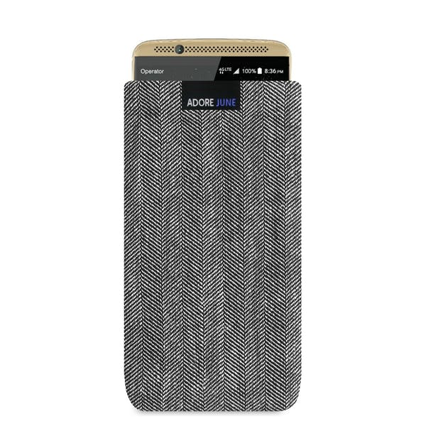 The picture shows the front of Business Sleeve for ZTE Axon 7 in color Grey / Black; As an illustration, it also shows what the compatible device looks like in this bag