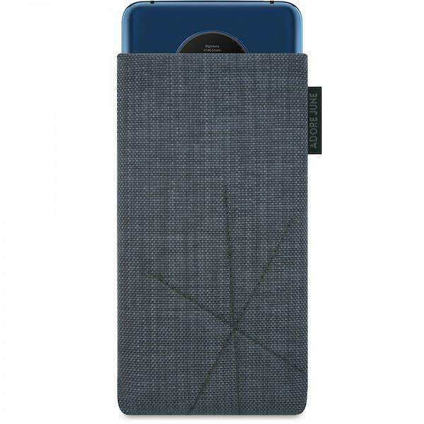 Das Bild zeigt die Vorderseite von Axis Tasche für OnePlus 7T in Farbe Dunkelgrau; Zur Veranschaulichung wird ebenfalls dargestellt, wie das kompatible Gerät in dieser Tasche aussieht