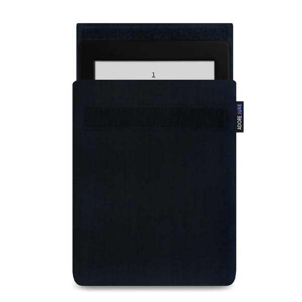 Das Bild zeigt die Vorderseite von Classic Hülle für Kindle Paperwhite in Farbe Schwarz; Zur Veranschaulichung wird ebenfalls dargestellt, wie das kompatible Gerät in dieser Tasche aussieht