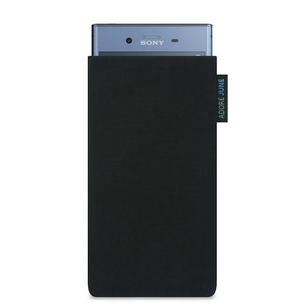 Das Bild zeigt die Vorderseite von Classic Tasche für Sony Xperia XZ1 in Farbe Schwarz; Zur Veranschaulichung wird ebenfalls dargestellt, wie das kompatible Gerät in dieser Tasche aussieht