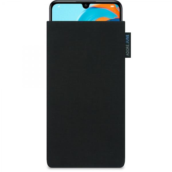 Das Bild zeigt die Vorderseite von Classic Tasche für Huawei P30 Lite in Farbe Schwarz; Zur Veranschaulichung wird ebenfalls dargestellt, wie das kompatible Gerät in dieser Tasche aussieht